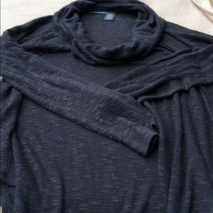 DKNY light weight cowl sweater neck